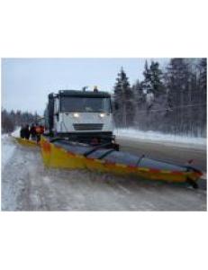 Коммунально-дорожная машина на базе IVECO-AMT Trakker c навесным оборудование Arctic Machine